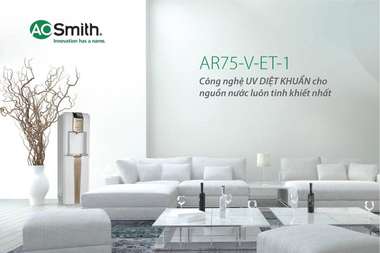 Hình ảnh thực tế lắp đặt trong phòng khách máy lọc nước Aosmith ADR75 V-ET-1